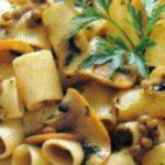 Makaroni s gljivama