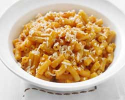 Makaroni sa gljivama i sirom