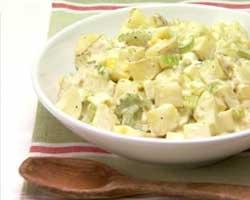 Salata od krumpira s umakom od majoneze