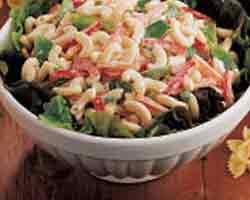 Svježa salata s azijskim rezancima