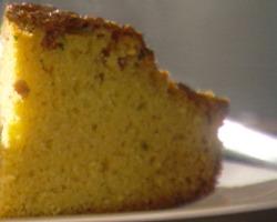 Kukuruzni kruh s maslacem i mlijekom