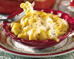 Makaroni sa sirom gorgonzolom i vrhnjem