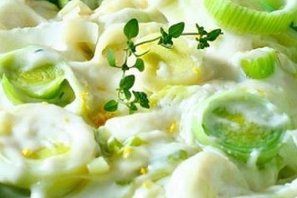 Salata od sirovog poriluka