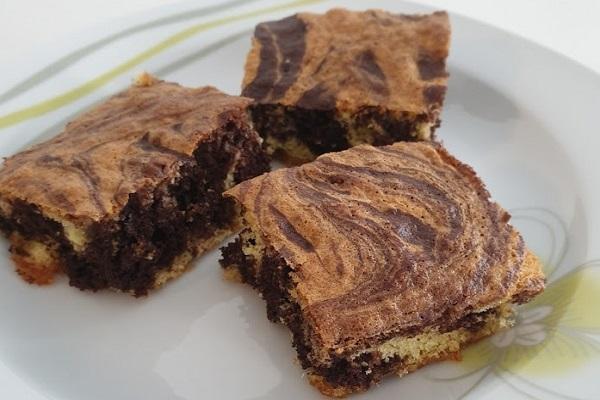 Mramorni kolač – domaći recept bez vage
