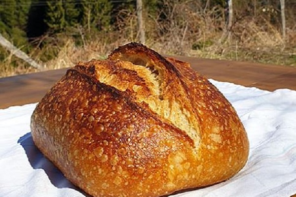 Recept za prirodni kvasac (starter) i kruh s prirodnim kvascem