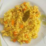 Riža s piletinom i kurkumom