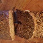 Slatki kruh s jabukama i orasima iz pekača (kao kolač)